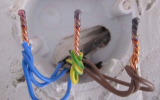 Соединение проводов скруткой – советы электрика