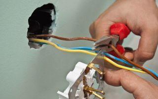 Как подсоединить розетку – советы электрика