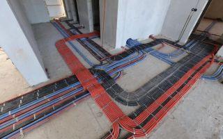 Прокладка кабеля по полу – советы электрика