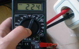 Как проверить напряжение в сети тестером – советы электрика